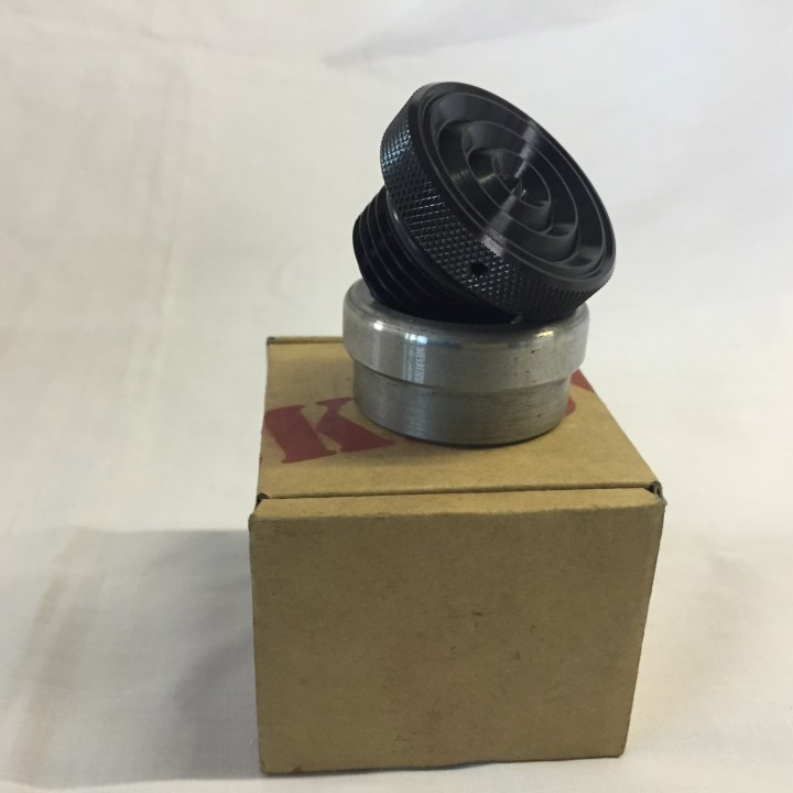 Black Anodised Ribbed Weld in Gas/Oil Cap