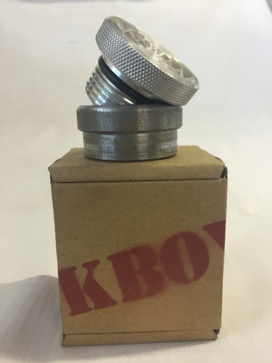 Polished Ribbed Weld in Gas/Oil Cap